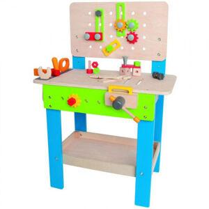Pracovní stůl s nářadím